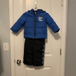 24mo Carters coat with snowpants